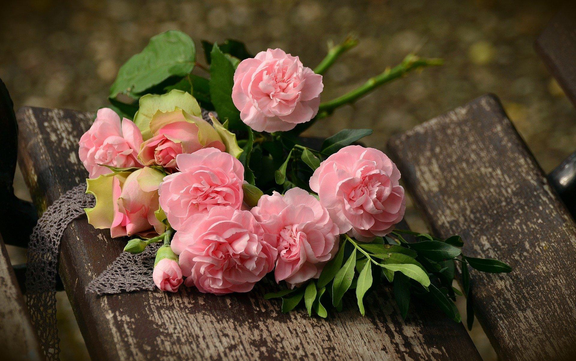 bouquet-1463562_1920